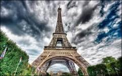 103. Danger sur Paris